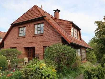 schönes Einfamilienhaus in idyllischer, ruhiger Lage