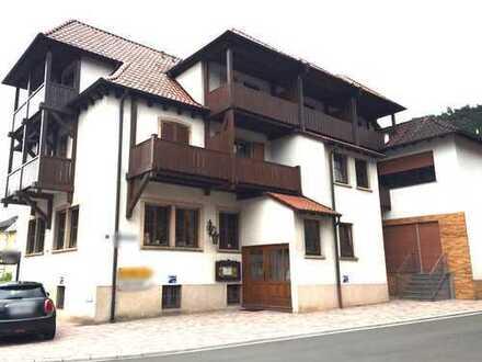 Sehr großes Mehrgenerationen-Wohnhaus in Wilgartswiesen/Pfälzer Wald