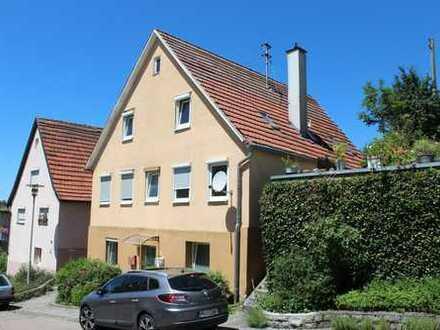 1-3 Familienhaus mit Garten