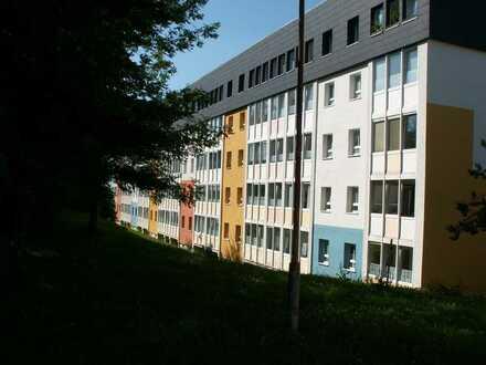 3-Zimmerwohnung mit Balkon und Badewanne