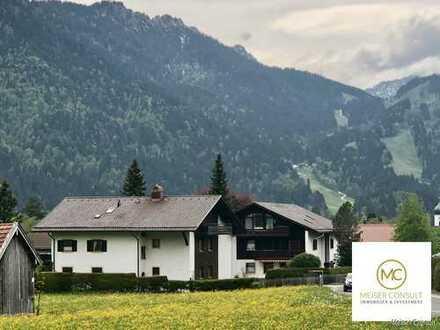 Schöne und gepflegte Wohnung, Zweitwohnsitz oder Ferienwohnung in Oberammergau!
