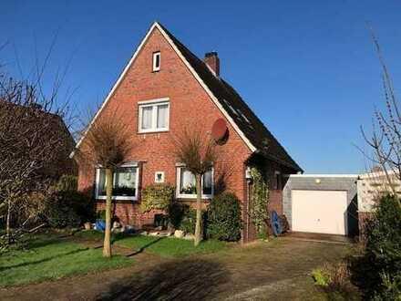 Wohnhaus mit Garage in Jever / Cleverns - gepflegte Immobilie in dörflicher Wohnlage