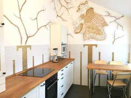 Stilvolle 5,5-Zimmer-Wohnung zum Wohnen+Büro oder 3er WG mit IKEA Einbauküche