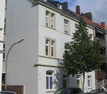 Gemütliche 3,5 Zi Dachgeschosswohnung in zentraler Lage von Dortmund Huckarde