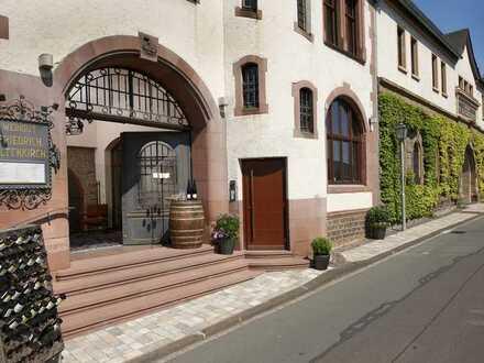 Hochwertiges Gasthaus im historischen Weingut im Rheingau