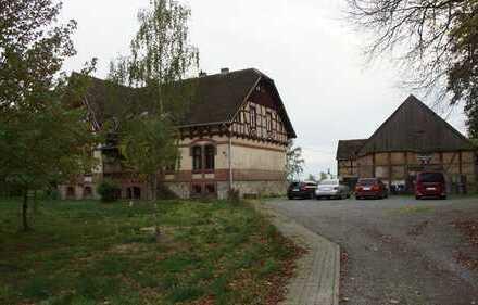Mehrgenerationenhaus + Scheune auf einem 7.000 m² Grundstück