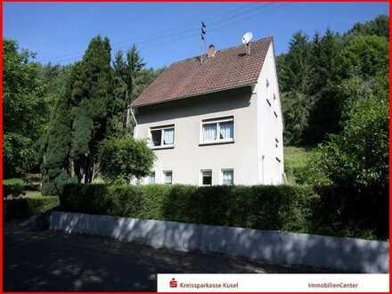 Gemütliches Einfamilienhaus mit großem Grundstück