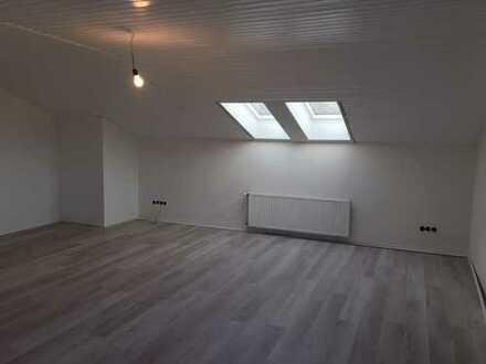 Schöne, modernisierte 3-Zimmer-DG-Wohnung zur Miete in Bielefeld-Ubbedissen