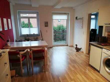 2-Zimmer-Wohnung mit Balkon im sanierten Fachwerk in ruhiger Lage