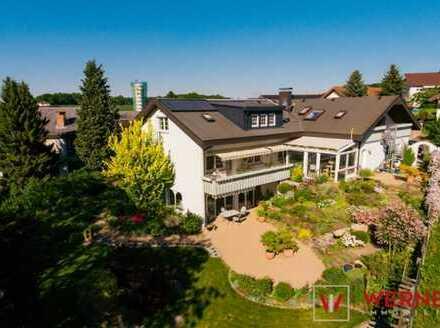 3D-Immobilie: *Kirchardt   Luxuriöses 2-Familienhaus mit schöner Wellness-Oase*