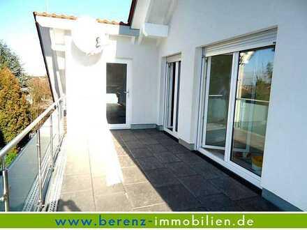 Exklusive DG-Wohnung mit sonniger Dachterrasse + Blick in die Rheinebene. Nur an Einzelperson!