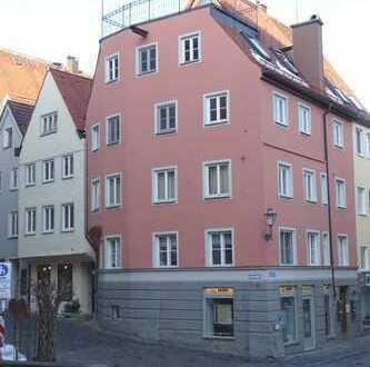 Top saniertes Altstadthaus mit kleiner Ladeneinheit und 3 Wohnungen plus Traumfreisitz