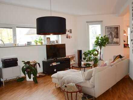 Wunderschöne helle 3-Zimmer-Wohnung mit Balkon in Siegen
