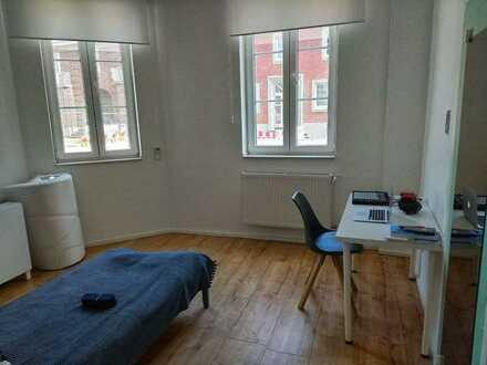 1-Zimmerwohnung in Linnich für Singles (30 Minuten zur FH Aachen und zum Forschungszentrum)
