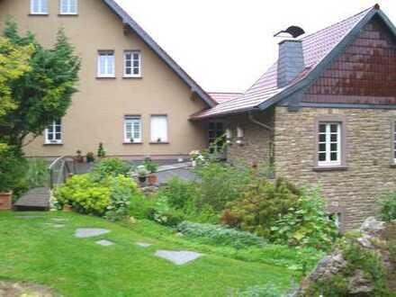 Luxeriöse Maisonette-Wohnung in grüner Oase, Erdwärme, NK+Heizkosten nur € 150,00