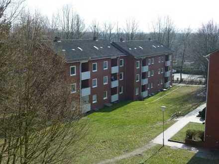 Gut geschnittene 3 Zimmer-Wohnung mit Balkon!