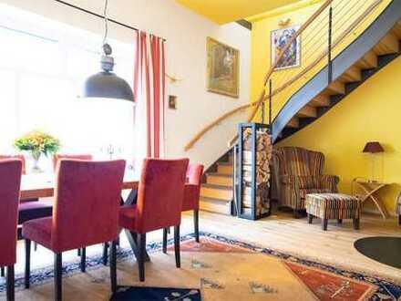 Top saniertes Mehrfamilienhaus mit freiwerdender Eigentümer-Wohnung mit Garten in bester Lage von Li