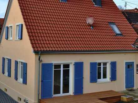 Schönes freistehendes Haus mit sechs Zimmern in Dörrebach zu vermieten