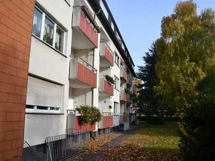 2,5-Zimmer mit Balkon TOP-LAGE in DU-Röttgersbach nahe Niederrheintherme