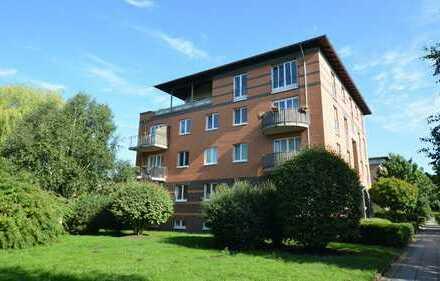 +++ Großzügige 3-Zimmer Wohnung im Grünen + Wohnen in der Fleetvilla +++