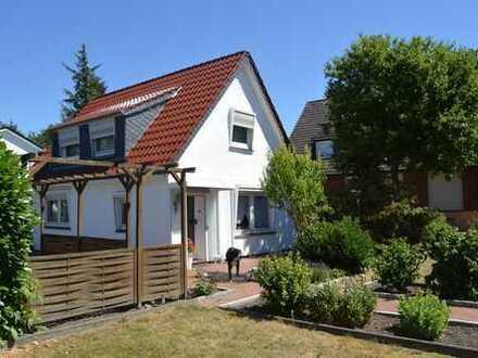 Freistehendes Einfamilienhaus mit gepflegtem Garten im Wilhelm-Busch-Viertel!