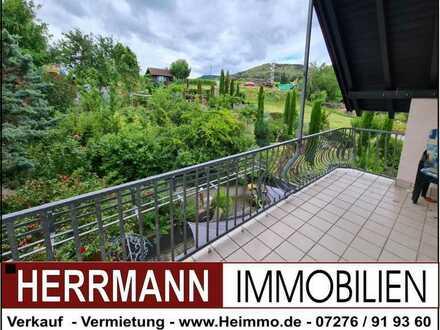 """""""Wohlfühloase"""" mit Traumhafter Fernsicht, 2 Balkone, ansprechende Ausstattung"""