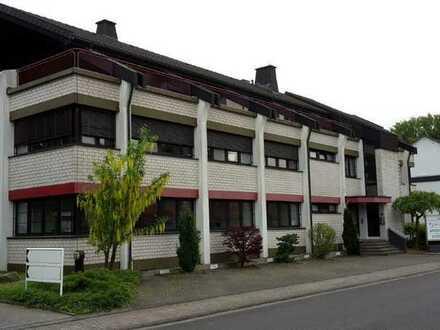 Attraktive Büroräume mit Terrasse, teilweise als Wohnung nutzbar
