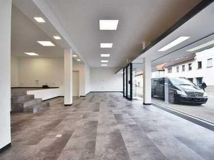 Kernsanierte Büro- Praxisfläche mit großem Schaufenster mitten in Schwaikheim