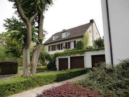 Sehr schöne DGW im Klosterviertel in 3 Familienhaus