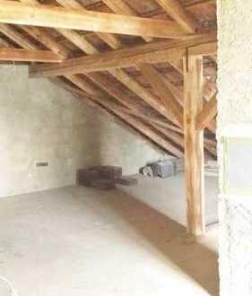 Dachboden zum Ausbau eines Lofts bzw. 1-2 Zimmer Wohnung. PROVISIONSFREI