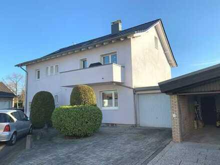 Zentral in Pulheim: 3 Zimmmer, Balkon, 100 qm, Doppelgarage (zu mieten bis 31.12.2022)