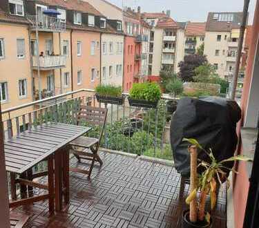Schöne, geräumige drei Zimmer Wohnung in Nürnberg, nahe Pierckheimerstraße