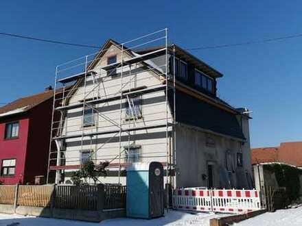 Helle kernsanierte 5-Zimmer-Maisonette Eigentumswohnung m. Balkon und Dachterrasse in Graben Neudorf