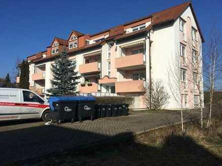 Sanierungsbedürftige Eigentumswohnung mit Terrasse in herrlicher Lage