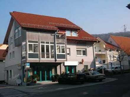 Wohn- und Geschäftshaus in der Ortsmitte von Nußloch