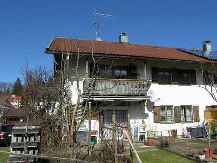 PROVISIONSFREI: Doppelhaushälfte mit 2 Wohnungen in Nesselwang/Ostallgäu