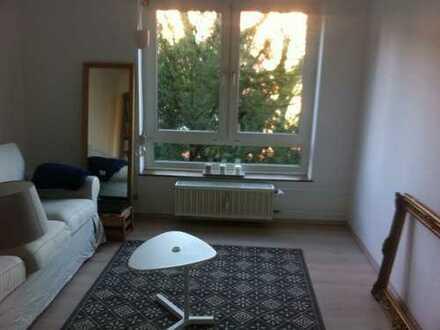 Neuehrenfeld, Köln: Exklusive, modernisierte 2-Zimmer-Wohnung mit Balkon