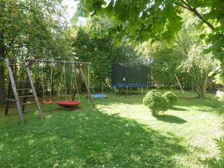 Achtung Bauträger: Schönes Grundstück, in 3 Einheiten teilbar!
