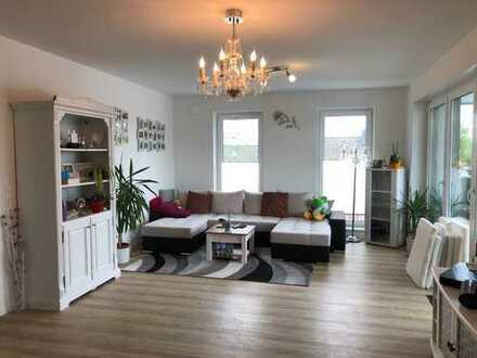 Großartige Penthouse-Wohnung mit Sonnenbalkon und Carport
