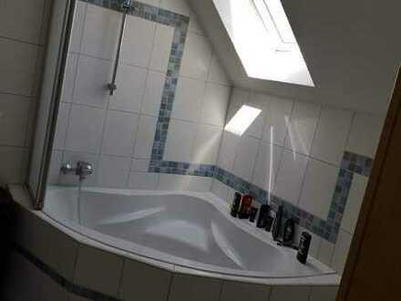 Modernisierte 3-Zimmer-Wohnung mit EBK in Pressath