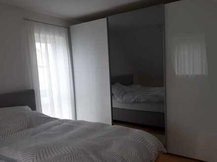 Gepflegte 4,5-Raum-Maisonette-Wohnung mit Balkon und Einbauküche in Weißenhorn
