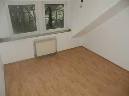Gemütliche 2 Zimmer Dachgeschosswohnung