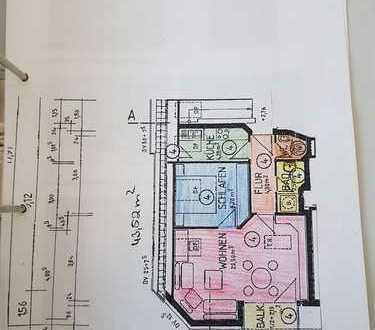 Stilvolle, gepflegte 2-Zimmer-DG-Wohnung mit Balkon und EBK in Herrenberg