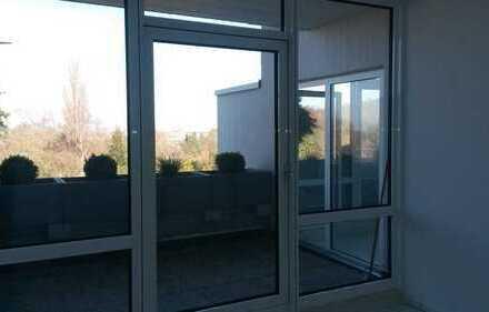Helle 3-Zimmer-Terrassenwohnung mit Balkon und EBK in Darmstadt-Komponistenviertel