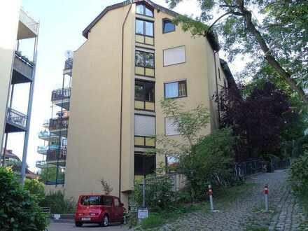 Stuttgart – Mitte, 1-Zimmer Wohnung in ruhiger Wohngegend