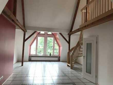 Sehr geschmackvolle helle 3 Zimmerwohnung in ruhiger Wohnlage!