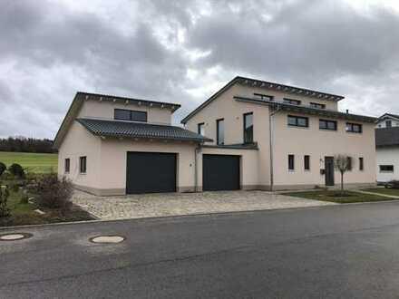 Schönes Haus mit 10 - Zimmern in Modschiedel, Weismain