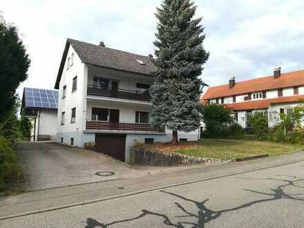 Schönes, geräumiges Familiengenerationenhaus mit acht Zimmern in Ortenaukreis, Lauf