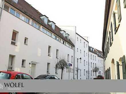 Rarität im Herzen der Altstadt - Exklusive Dachgeschosswohnung in historischem Ensemble