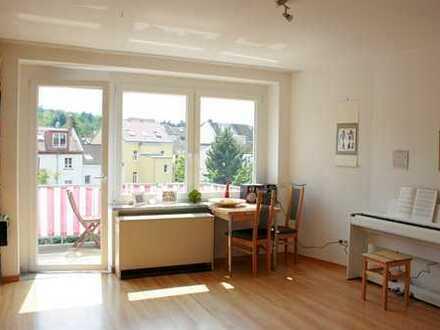Sonnige Wohnung, 3. OG, re. im Herzen von Poppelsdorf in ruhiger Lage